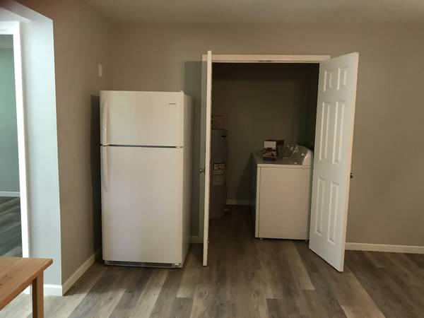 Photo 2BR1BA basement apartment for rent (655-4 Howard39s creek rd)