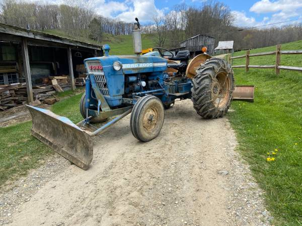 Photo 74 Ford 2000 Tractor - $5,500 (Boone)