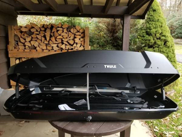 Brand New Thule Large Size Rooftop Cargo Box 350 Blowing Rock Sports Goods For Sale Boone Nc Shoppok