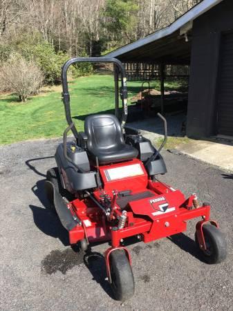 Photo Ferris zero turn mower - $4800