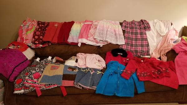 Photo Lot 3 of girls clothes size 4T - $20 (Waxhaw)