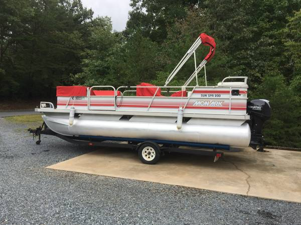 Photo Pontoon boat for sale - $9,000 (Lake Tillery)