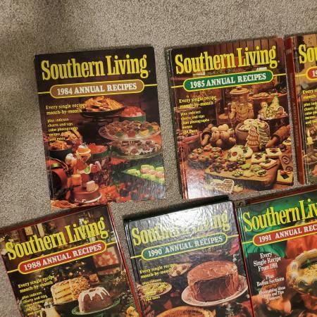 Photo SOUTHERN LIVING COOKBOOKS - $55 (FLAT ROCK)