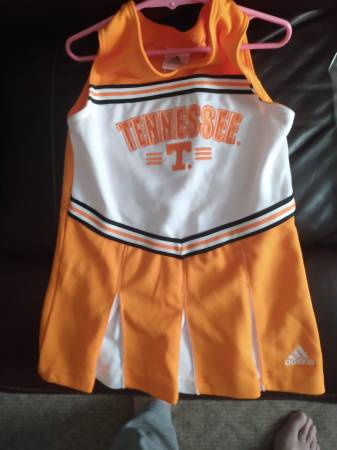 Photo Toddlers Vols Size 6 - $10 (Greeneville)