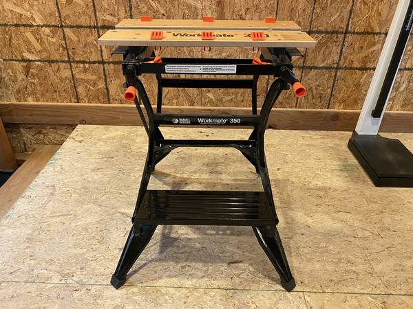 Photo Black and Decker Workmate - $45 (Big Sky)