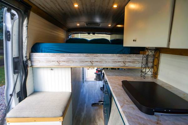 Photo Custom 2018 Ford Transit Conversion Van - $49900 (Bozeman)