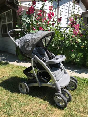 Photo Graco Stroller (see details) (East Bozeman)