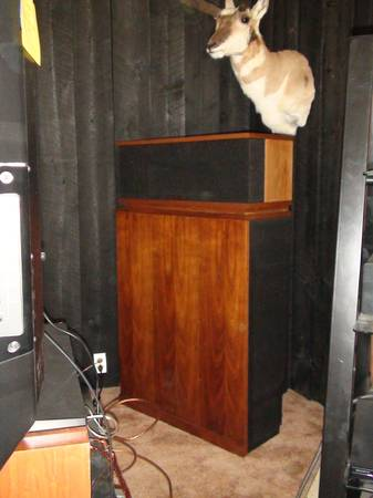Photo Klipsch Klipschorn Loudspeakers PR. - $4500 (Manhattan)