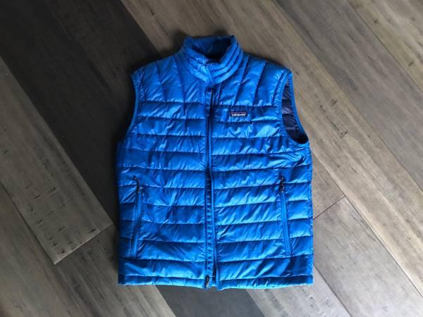 Photo Patagonia down vest mens medium - $40 (Bozeman)