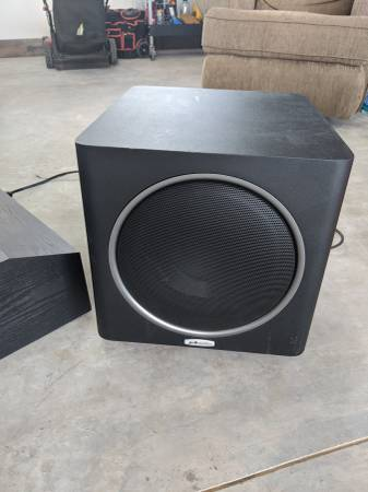 Photo Polk Audio Subwoofer and center channel - $50 (Bozeman)