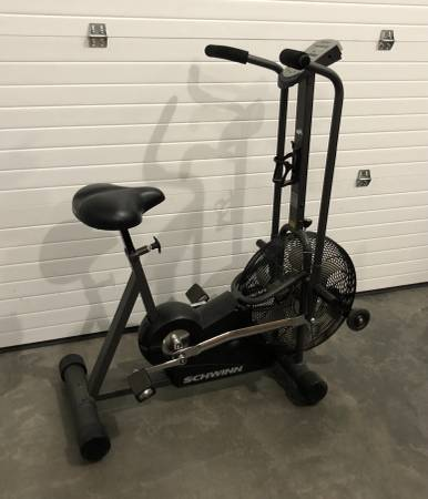 Photo Schwinn AirDyne Evolution Comp Exercise Bike at Creative Bargains - $298 (Bozeman  Four Corners)