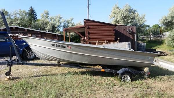 Photo Valco aluminum fishing boat - $1,400 (Dillon)