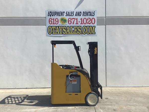 Photo YALE 3500LB ESC035 STAND UP ELECTRIC FORKLIFT FOR SALE - WARRANTY INC. - $11,995 (San Diego)