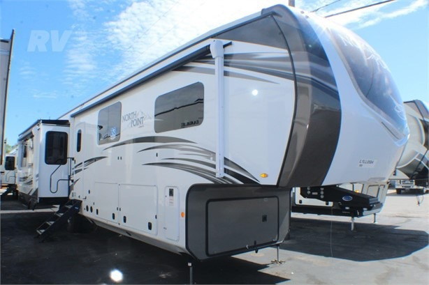 Photo 2020 Jayco NORTH POINT $ 68000     Get Financing as low as 646.00mo      Get Financing as low as 646.00mo