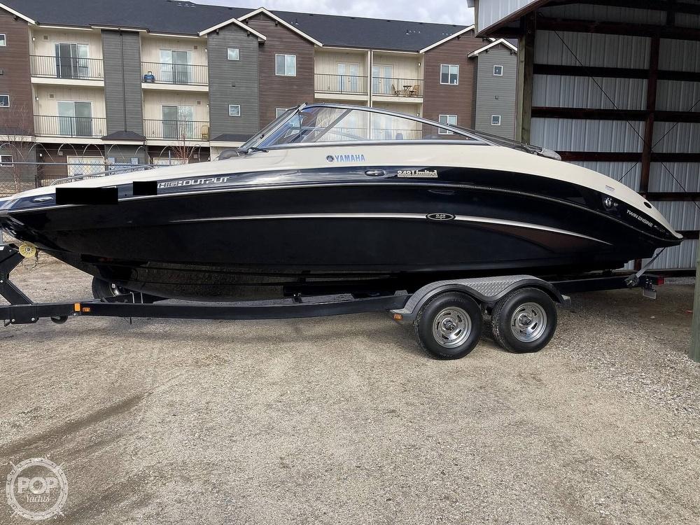 Photo 2014 Yamaha Boats 242 Limited - Freshwater Only -