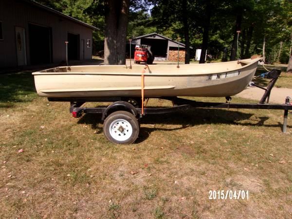 Photo 12 ft. Aluminum Boat and Trailer - $400 (Brainerd, MN)