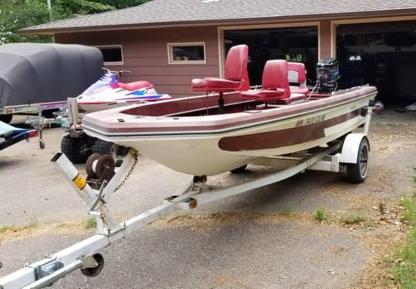 Photo 1978 Ranger Boat 1600V, 50 hp Mercury Tiller - $2,000 (Deerwood)