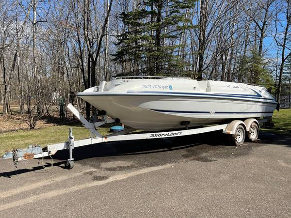 Photo 1995 Sea Ray Sundeck 240 Deck Boat - $13,500 (Crosby, MN)