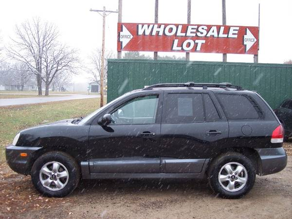 Photo 2005 HYUNDAI SANTA FE ALL-WHEEL DRIVE, SOLID BODY VEHICLE 2 OWNERS - $2,100 (Little Falls)