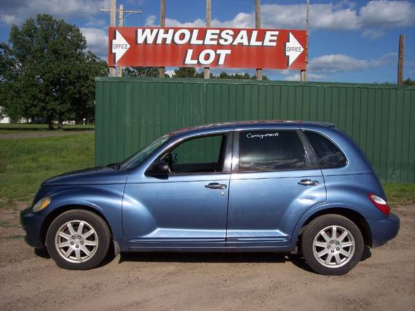 Photo 2006 CHRYSLER PT CRUISER LIMITED BEAUTIFUL BLUE COLOR AND LOW MILES - $2,700 (LITTLE FALLS)