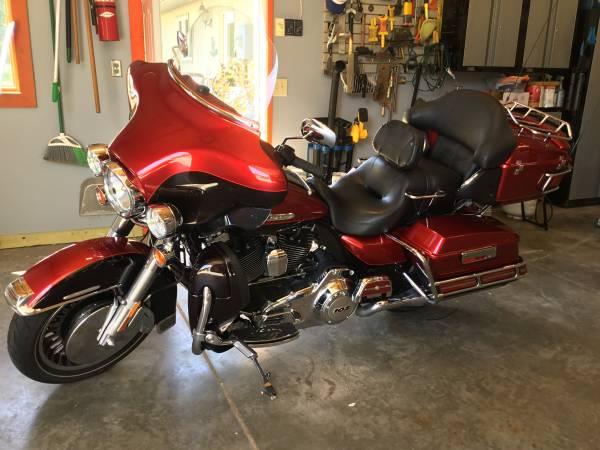 Photo 2013 Harley-Davidson Motorcycle - $16,500 (Benton County MN)