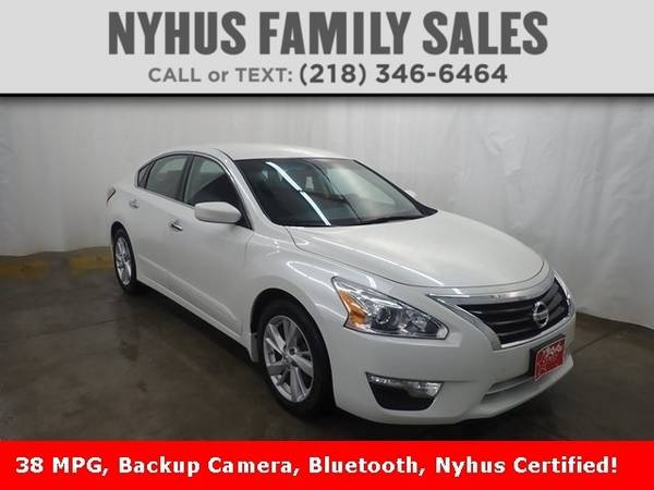 Photo 2014 Nissan Altima 2.5 SV - $10,500 (Delivery Available)