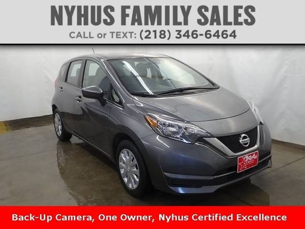 Photo 2017 Nissan Versa Note SV - $12,000 (Delivery Available)