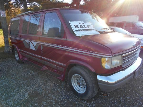 Photo 94 Ford Van NO RUST Oregon Truck Runs Very well - $2,250 (brainerd)