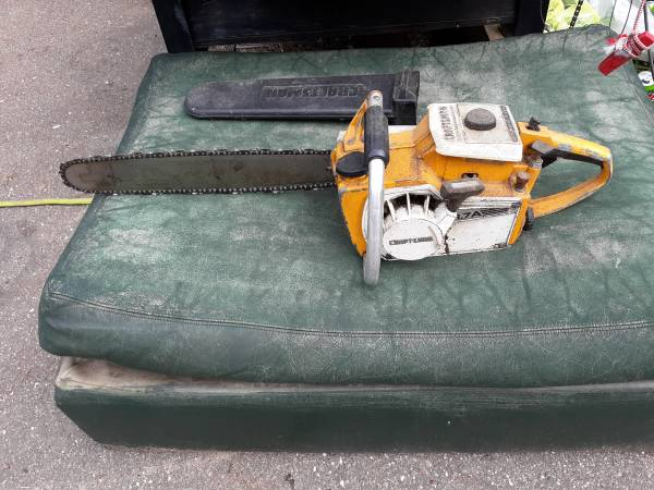Photo Craftsman chainsaw 3.7a - $50 (Merrifield)
