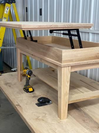 Photo Custom made Lift-top Coffee Table with Storage - $175 (Onamia)