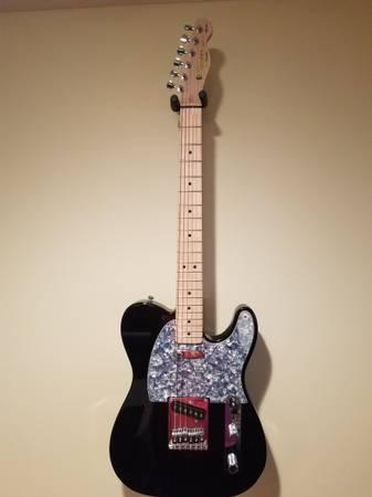 Photo Fender Squier Affinity Telecaster - $150 (New Market)