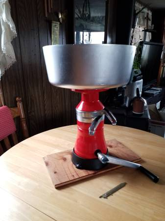 Photo For Sale hand crank separator - $250 (Staples)