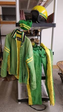 Photo John Deere Snowmobile Suit Set Green Yellow 1980, helmet,large - $125 (Aitkin)