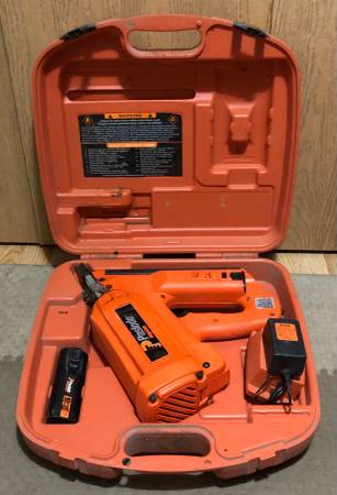 Photo Paslode Cordless Framing Nailer - $175 (Fargo)