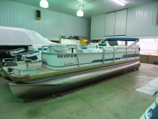 Photo Previously Refurbished 2439 PREMIER Pontoon Boat w 75 HP MERCURY Motor - $7900 (Remer, MN)