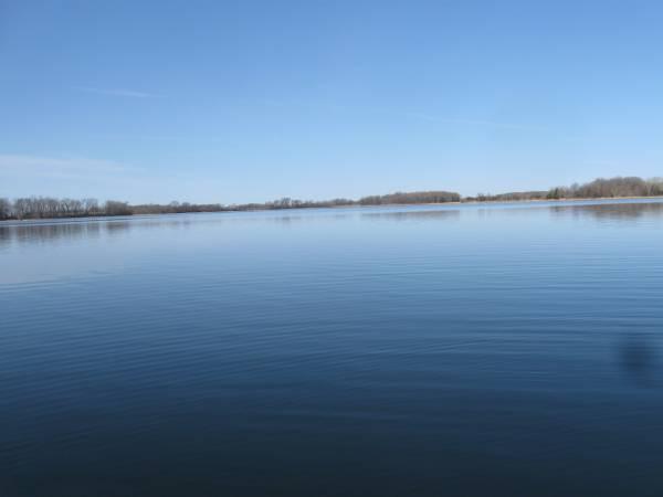 Photo Rm 4 your RV or use mine. Sm. lake homefarm (WadenaAlexandria)