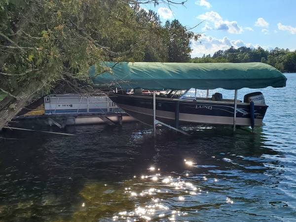 Photo Used Boat lift for sale - $500 (Remer)