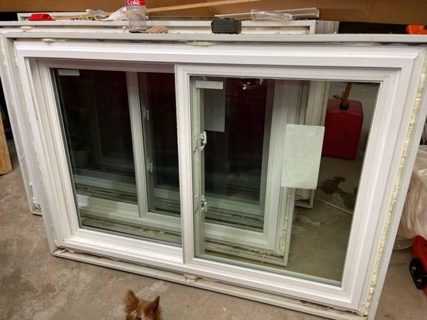 Photo Windows (4) Vinyl Double slider Thermal Pane 57quot L x 39quot H - $600 (Staples)