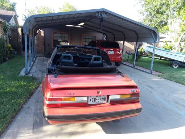 Photo 1985 Mustang convertible 5.0 - $7,500 (Brownsville)