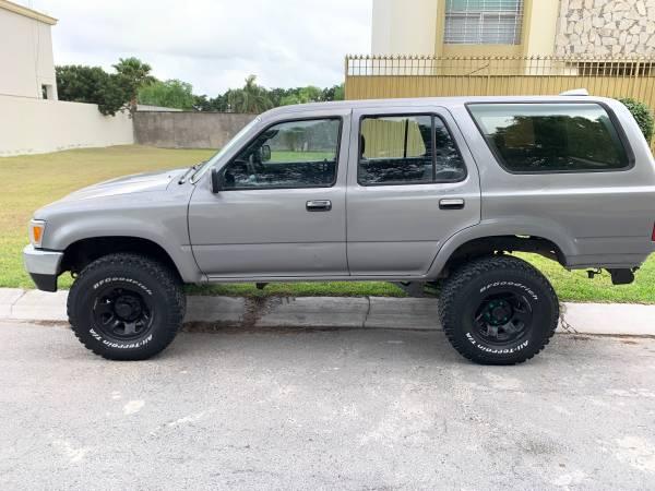 Photo 1994 Toyota 4Runner - $3200 (Brownsville, Texas)