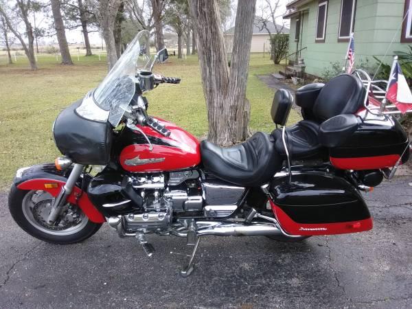 Photo 2000 Honda Valkyrie Interstate - $6,500 (Ganado)