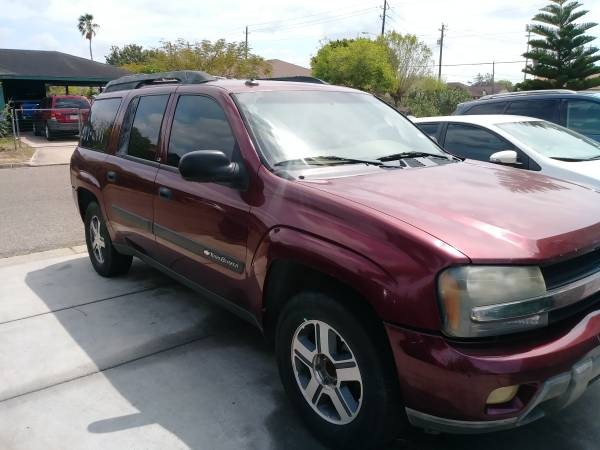 Photo 2004 Chevy Trailblazer Ext - $2100 (Brownsville)