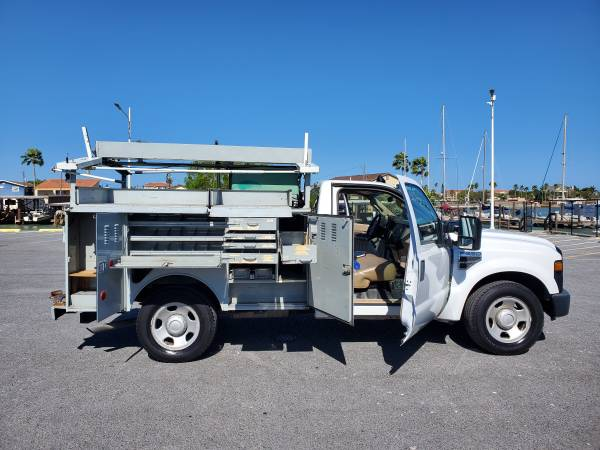 Photo 2008 Ford F350 Work Truck ATT Truck w COLD AC and Onan Genset - $6995 (Port Isabel)