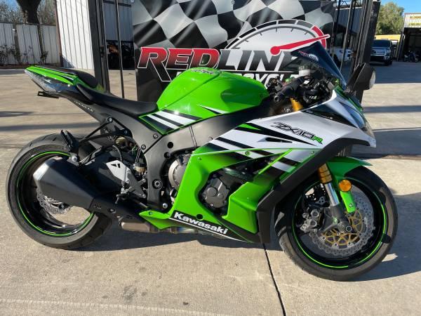 Photo 2015 Kawasaki ZX10R - $8,900 (San Antonio)