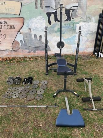 Photo 250 Lb Weight set - $425 (San Antonio)