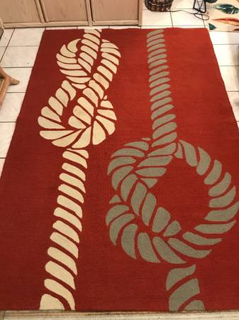 Photo Beautiful Unique Amazing Quality Handwoven Area Rug - $60 (Port Isabel Texas)