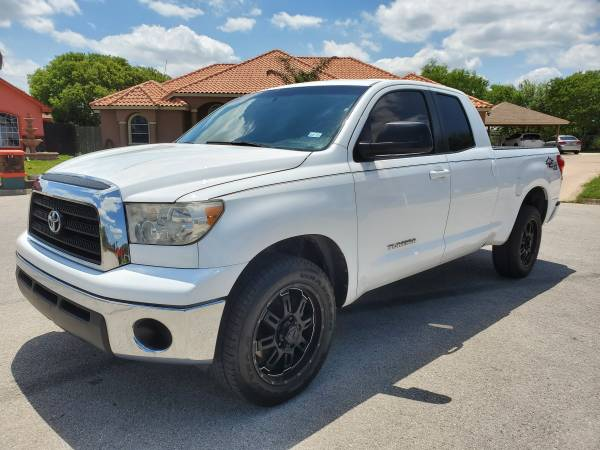 Photo Toyota tundra 2008 trd off road - $9,750 (Brownsville)