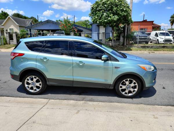 Photo FORD ESCAPE  PIEL  4 CYL  SEMI NEW TIRES $$ 4,990 CASH $$$ - $4,990 (1193 INTERNATIONAL BLVD BROWNSVILLE TX)