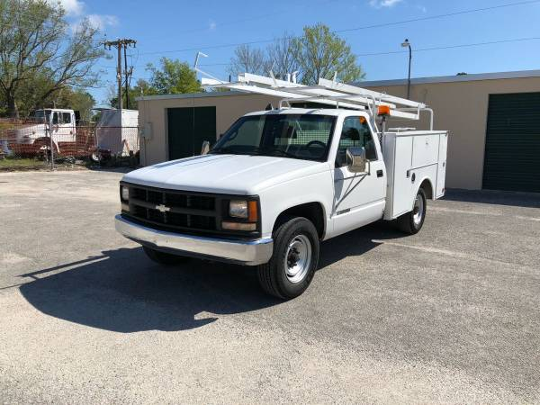 Photo 1999 Chevy Silverado 3500 work service utility truck low miles - $3800 (Orange Park)