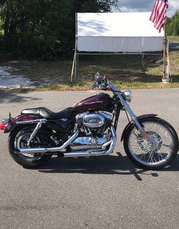 Photo 2007 HD SPORTSTER XL1200C 11K MILES - $4,200 (GRAY BEARDS CYCLE BARN)